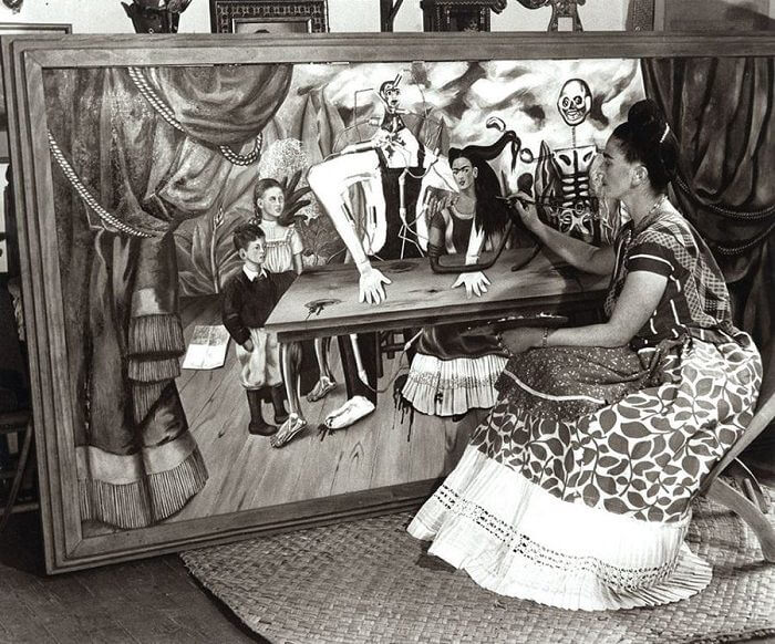 Photo of Frida and her Wonded Table Painting